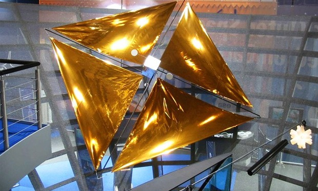 A reflective solar sail in a laboratory setting