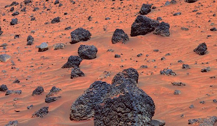 Image of red-brown soil on the surface of Mars