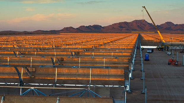 Abengoa's Solana parabolic trough plant in Arizona