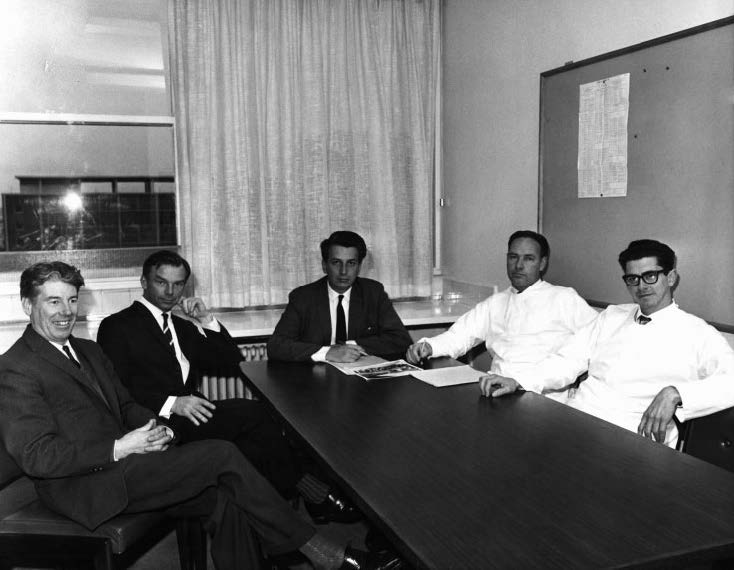 Unit Heads Gordon Ada, Ian Mackay, Gus Nossal, Don Metcalf and Jacques Miller