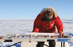 Scientists use ice coresamples to reconstruct climatic records