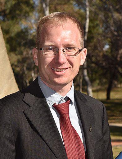 Professor Martin Asplund