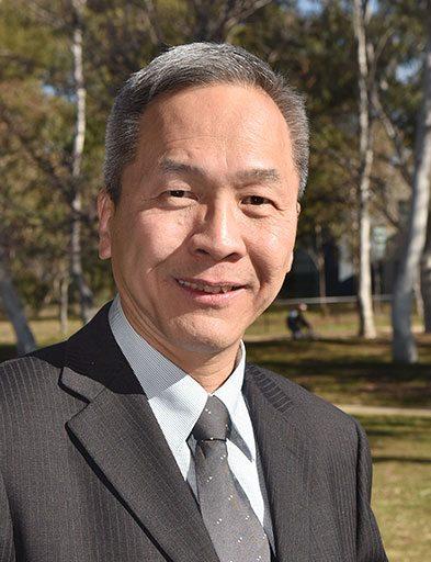 Professor San Hoa Thang
