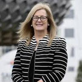 Professor Caroline McMillen FAHMS