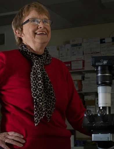 Dr Elizabeth Truswell